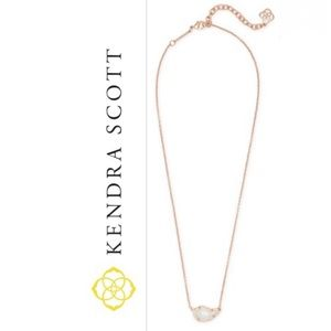 NWT Kendra Scott Tansy necklace rose gold